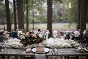 Rustic Elegance – Wood and Leather Menus